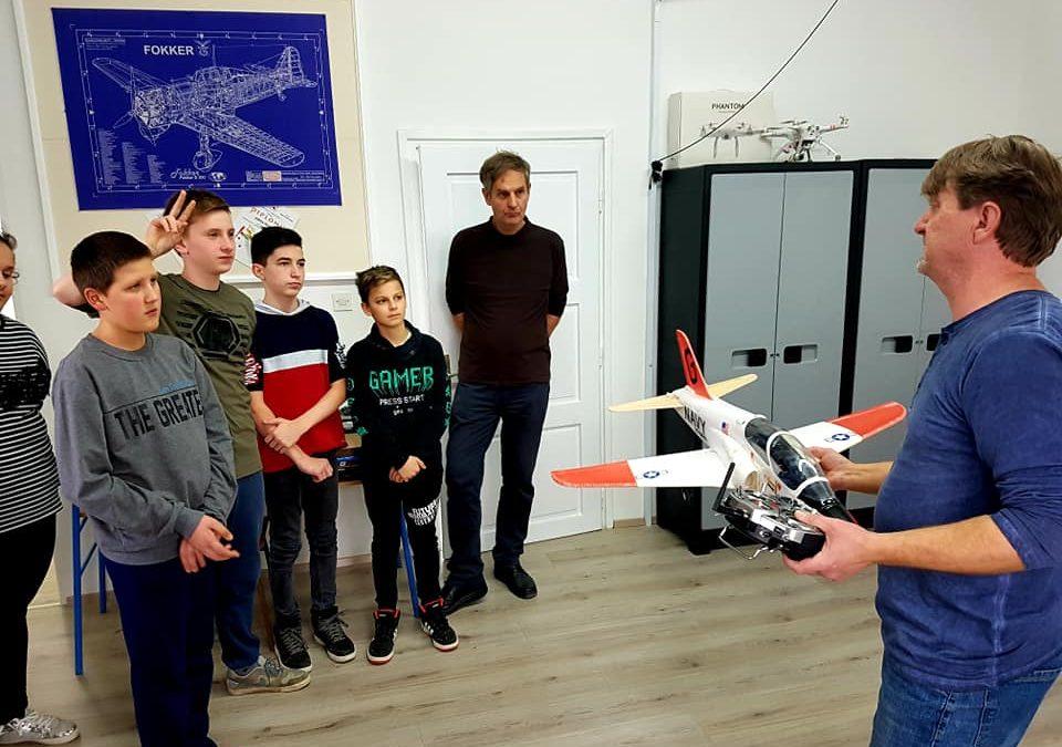Prezentacija izrade RC aeromodela